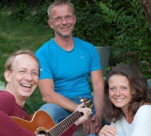 """""""Mantrakonzert"""" mit HelenaOM und den Vayus (Fr., 23.10.2020, 19:30-21:30 Uhr) @ Yoga-in-Borchen"""